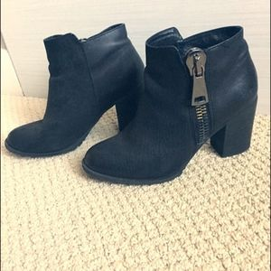 Aldo Black Leather Ankle Boots